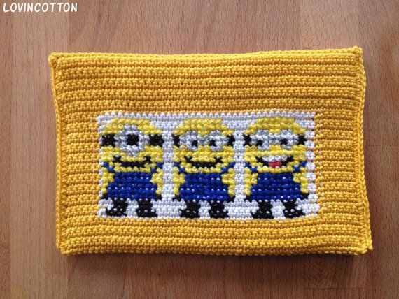 Kobo touch Ereader hoes  Minions van Lovincotton op Etsy, €15.00