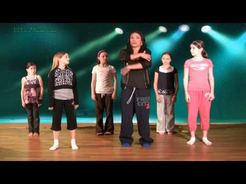 Hip Hop Dance Lesson with Caroline - Ball, Change, Step- Hip Hop Dancing Lessons