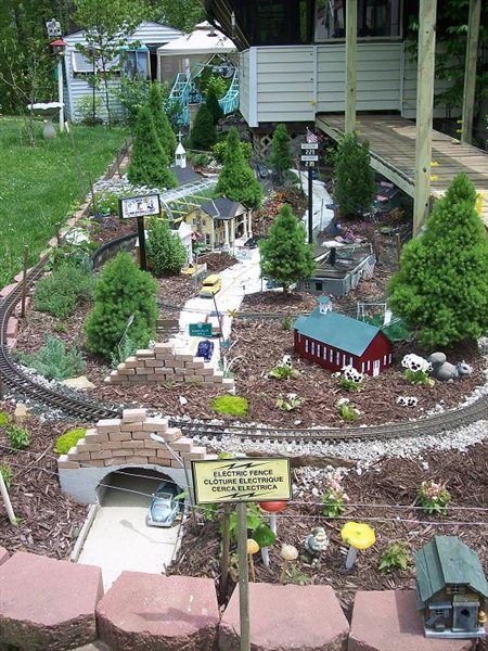 Garden railroad                                                                                                                                                                                 More