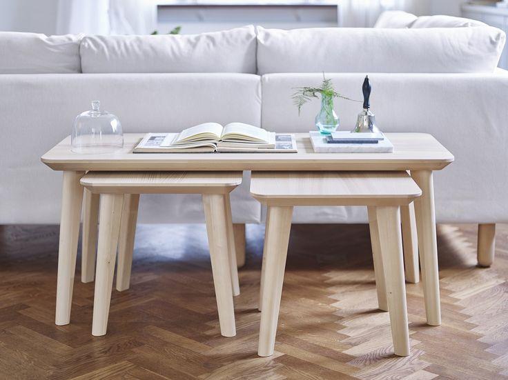 Η σειρά LISABO αποτελείται από πολυχρηστικά τραπέζια που μεταφέρονται εύκολα, καλύπτοντας τις διαφορετικές ανάγκες στο καθιστικό, στο γραφείο, στην τραπεζαρία και στο υπνοδωμάτιο.