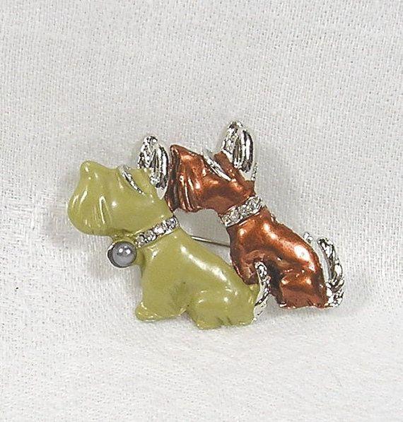 Vintage Brooch Enamel Scottie Terrier Dogs Pin