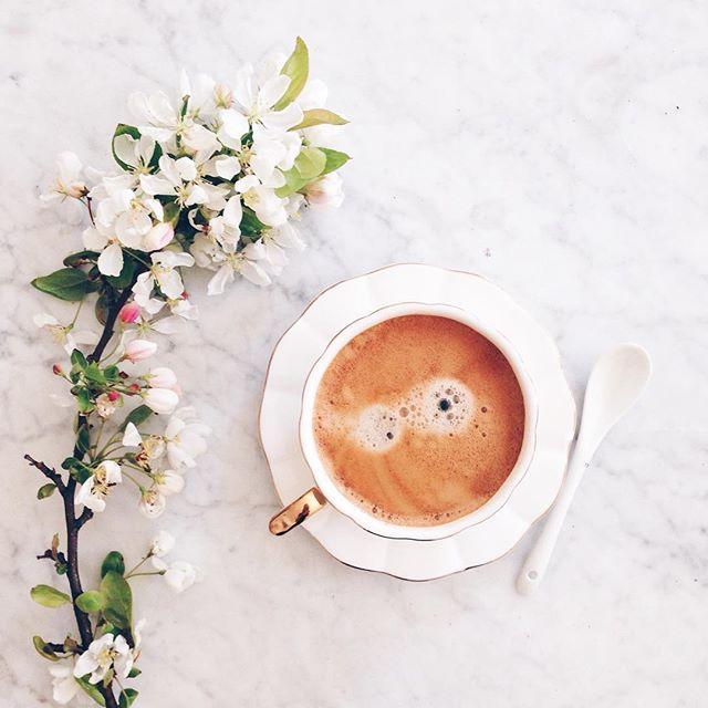 Midday latte break. #flatlay #styling #lezoemusingssips #coffee #flowers #marble #spring #latte #yum #pretty