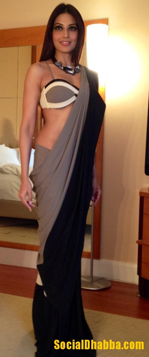 Bipashu Basu wearing the Shivan Naresh bikini Saree