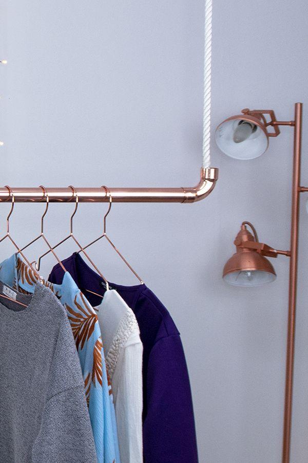 Wie Ihr eine stylische hängende Kleiderstange aus einem Kupferrohr selber macht, erfahrt Ihr heute im neuesten Beitrag auf sirdansmith.com – Today Pin