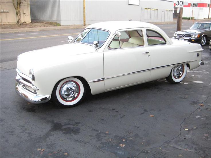 1949 Ford Club Coupe Small Block 302 ci. Ford V8 C4 automatic transmission with a Lokar shifter power steering radial Cokar wide white wall tiru2026 & 1949 Ford Club Coupe Small Block 302 ci. Ford V8 C4 automatic ... markmcfarlin.com