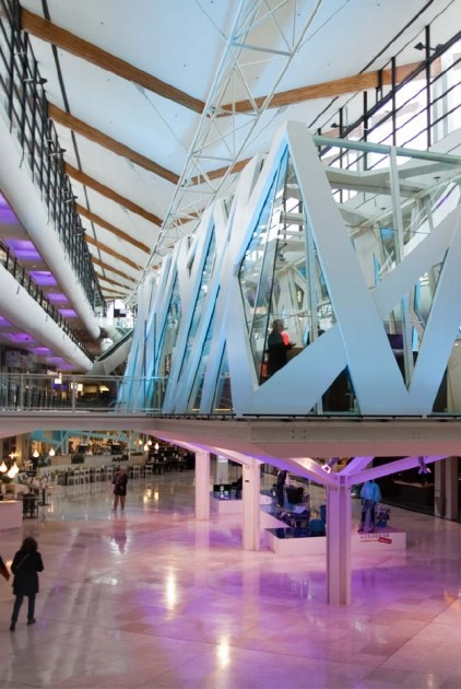 Rotterdam Alexandrium / Interactive Digital Wayfinding in Retail. Rotterdam,The Netherlands