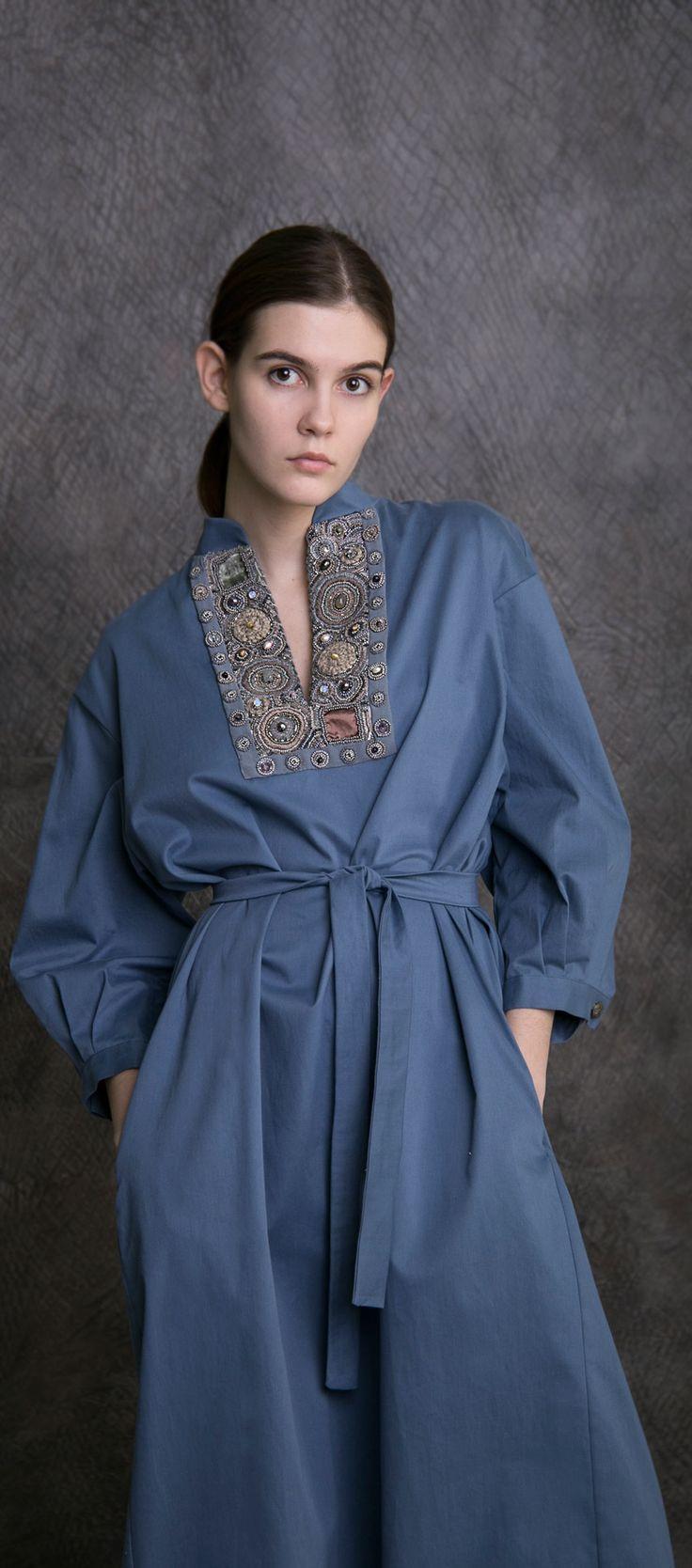 Платье классическое LEVADNAJA DETAILS