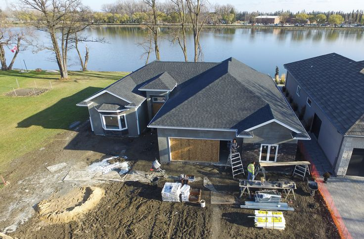 Custom on-site build by Bailey Homes on Island Park in Portage la Prairie, Manitoba from 2015.