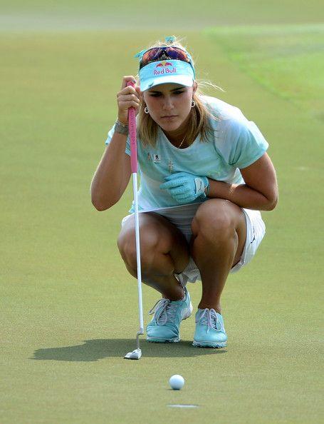Idea and lady golfer accidental upskirt