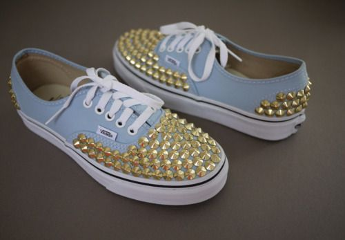 These DIY studded Vans sneakers are perfection.