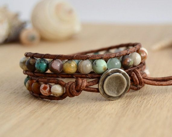 Earthy+natural+hippie+style+leather+wrap+bracelet.+by+SinonaDesign,+€29.00