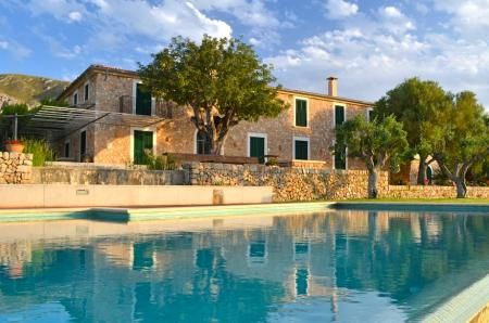 Impressive country house with sea views over the Bay of Alcudia - Click to find out more about this luxury property  in #IslasBaleares #Spain #Pool