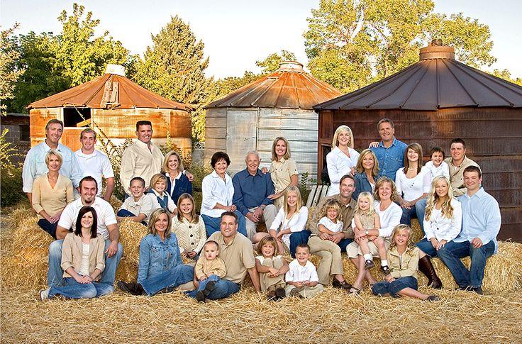Scott Hancock Photography | Outdoor Family Photo shoot by Scott Hancock Photography