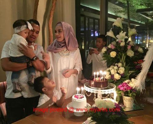 """10 GAMBAR - SUASANA SAMBUTAN BIRTHDAY HANEZ SURAYA   """"Thank You So Much Suamiku.."""" demikian kata Hanez Suraya yang menyambut ulangtahun kelahirannya yang ke-31 baru-baru ini. Hanez menerusi laman Instagramnya telah berkongsi gambar-gambar sekitar majlis ini yang disambut secara kecil-kecilan. Jom lihat!<< BERITA & GAMBAR SELANJUTNYA - SILA KLIK >> via My Artis Gosip"""