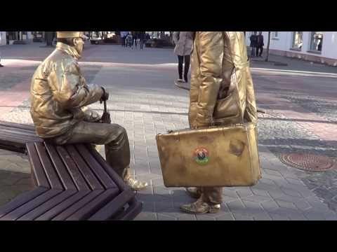 """""""Планерка"""" у """"Золотых людей""""! Живые статуи!!!"""