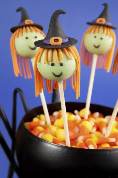 Witch Cake Pops