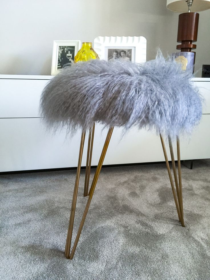 Part of the Mongolian Collection, this stool is truly fabulous. It's as glamorous as it gets! For an accent stool, extra seating in a reception room or could be a dressing table stool - multiple uses! The legs are 40 cm / 16 inches high and the seat is 40cm in diameter.