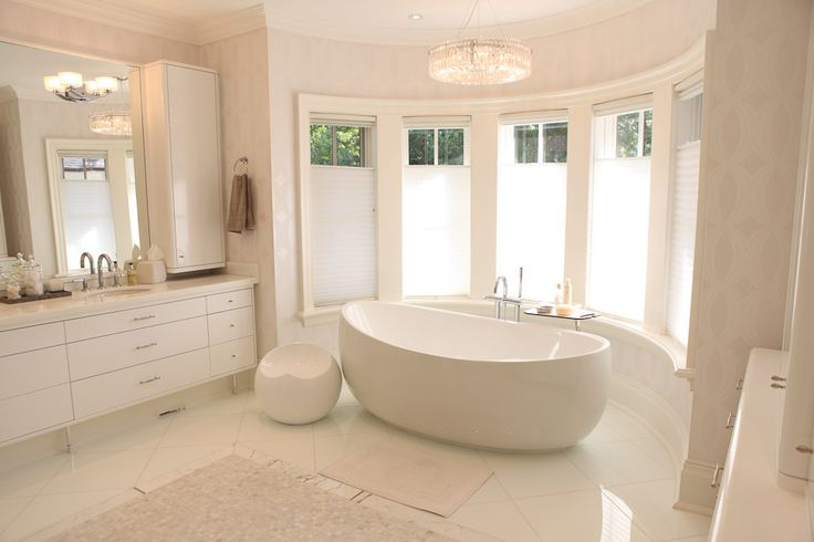 luxury washroom luxuriously built by #PCMInc #PCMHomeConstructionInc #ThePCMWay #CarlosJardino