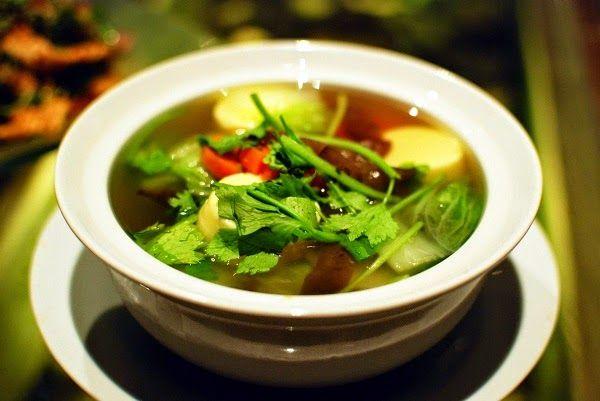 La mejor y más completa sopa de vegetales desintoxicante - Vida Lúcida