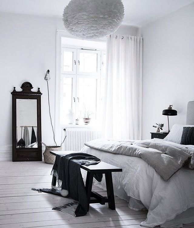 Best 25 monochrome interior ideas on pinterest for Monochrome design ideas