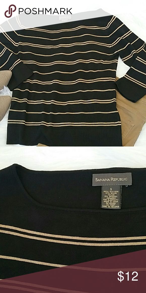 Bannana Republic 3/4 Sleeve Sweater Beautiful Bannana Republic boat neck 3/4 sleeve mocha and black striped sweater.  This is more of a lightweight sweater that is petfect for a summer night! Banana Republic Sweaters