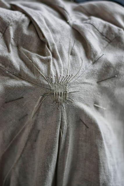 medieval mending | http://m-silkwork.blogspot.com/