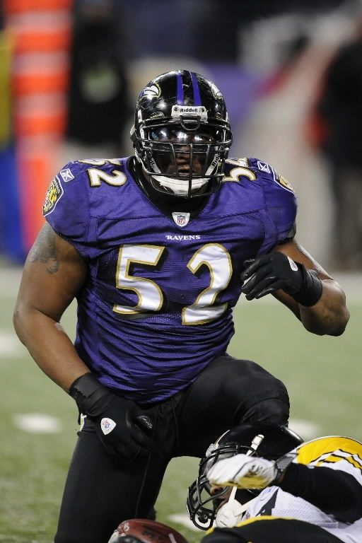 Not one of my favorite teams, but one of my most favorite players. Ray Lewis!!! I will miss you.