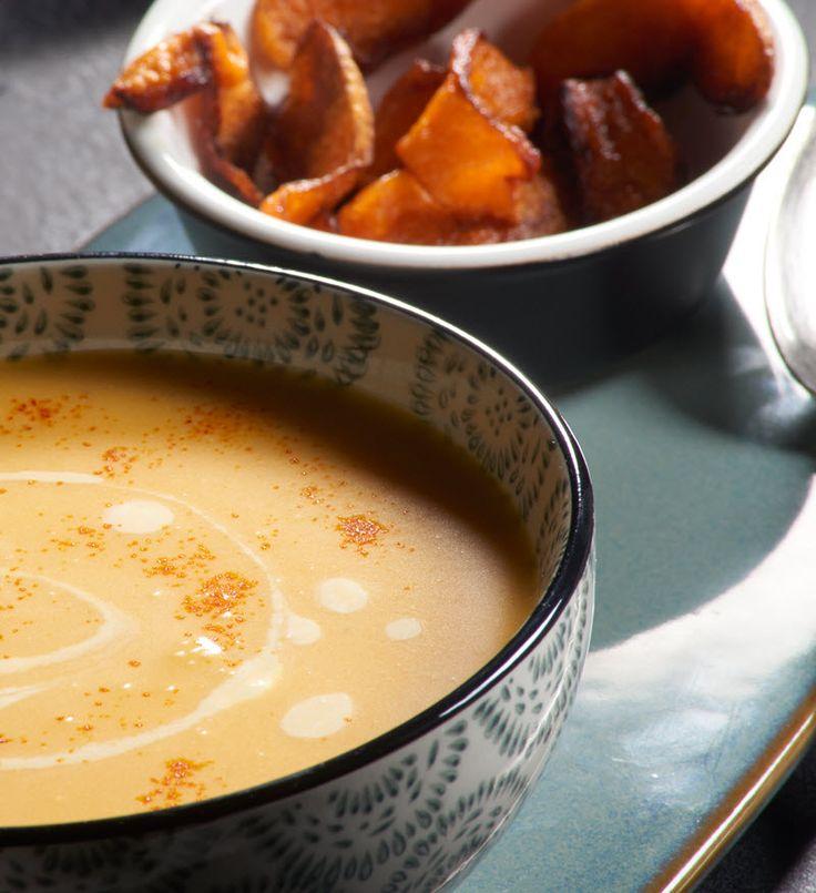 Raffinierte Kürbis-Suppe mit Safran