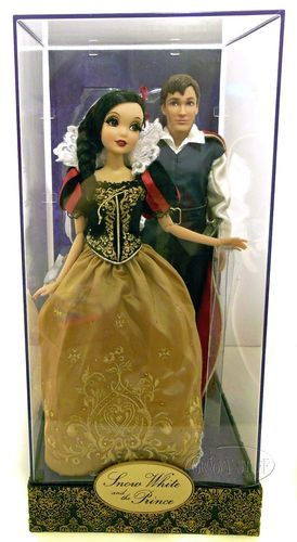 Disney Fairytale Designer Collection Snow White Doll Set