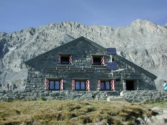 Cabane Rambert-2580 msnm Massif du Grand Muveran-Suïssa