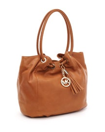 V0UQ9 MICHAEL Michael Kors  Large Ring Shoulder Tote