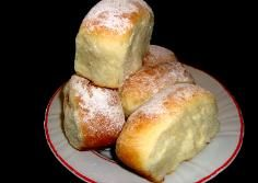 """Bukta"" - Hungarian Jam Filled Yeast Pastry,and Helen's Tea Cake  "" KUGLOF """