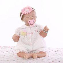 Nieuwe Half Vinyl Lichaam Slapen Baby Pop Speelgoed Brinquedo Meisjes Verjaardag Gift Play Pop 22 inch Siliconen Reborn Poppen in Roze Kleren(China (Mainland))