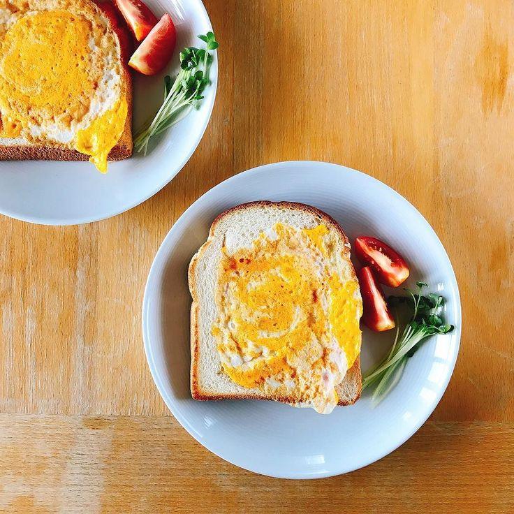 くり抜いた食パンの中にはと  朝においしいトースト クックパッドレシピID410506  #朝においしいトースト #クックパッド #トースト #cheese #cooking #kitchen #cuisine #요리 #kochen #cookingram #クッキングラム #cucina #inmykitchen #foodie #foodpic #instafood #homemade #healthyfood #デリスタグラマー #おうちごはん #朝ごはん #breakfast #아침 #petitdejeuner #frühstück #завтрак #desayuno #frukost #早餐 #morning