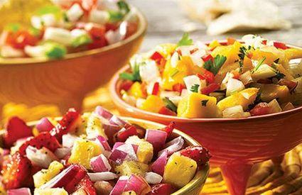 Par Marie-Claude  L'hiver a été difficile et n'a plus fini de finir, alors pourquoi pas célébrer l'arrivée de l'été en organisant une fiesta mexicaine?  Voici 3 étapes faciles à suivre pour organiser une fête haute en couleur! À vos sombreros et vos maracas!