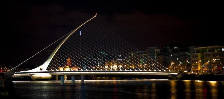 Santiago Calatrava - Samuel Beckett Bridge
