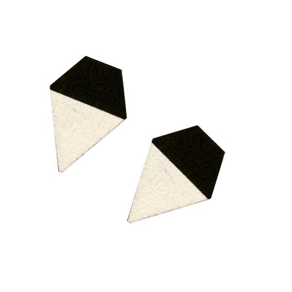 Puiset pienet timanttikorvikset, mustavalkoiset