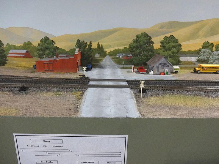 428 best model railroad images on pinterest model trains - Model railroad backdrops ...