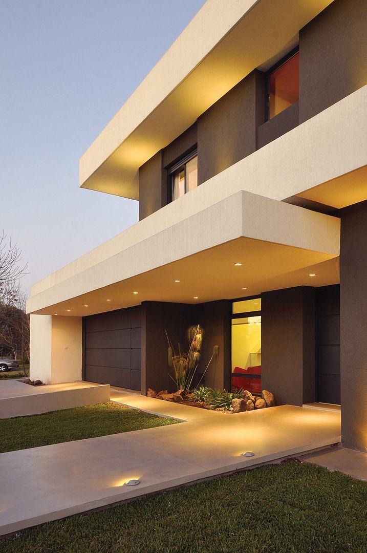 PAVLOFF - REGALINI & Asociados / Estudio de Arquitectura #Casasminimalistas