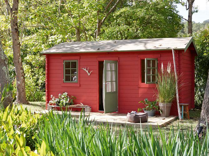 #cabane #jardin #rouge #bois