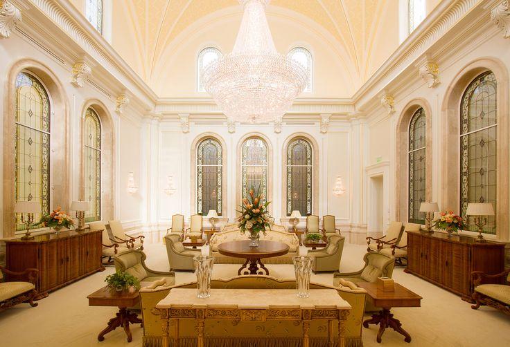 lds temple interiors | Salón de recepción. En esta área es donde los miembros fieles de la ...