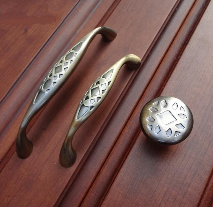 166 best Antique brass knobs & Handle images on Pinterest | Pull ...