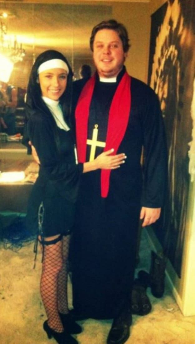 19 Incredibly Creepy Couples Costumes