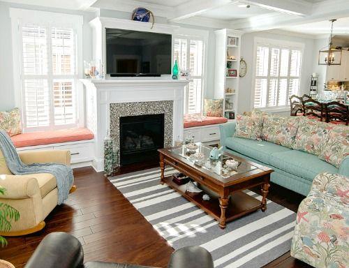 279 best coastal living rooms images on pinterest for Cottage living room colour schemes