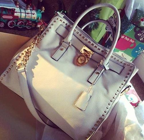 #CelebrateWith Cheap Michael Kors Smooth Outlook Large White Totes Here Makes The World More Fashionable And Colourful. #Fashion