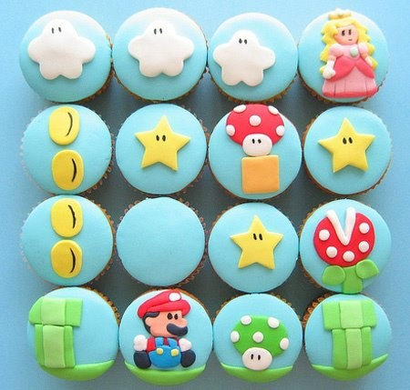 Ah, I can hear the music in my head when I look at these cupcakes....
