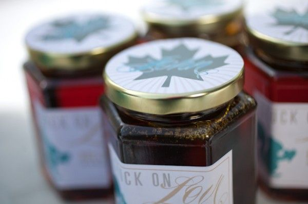 Maple syrup favors with cute personalized tags