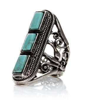 turquoise ring with 3 stones | Shop Online at Addition Elle  #AdditionElleOntheRoad
