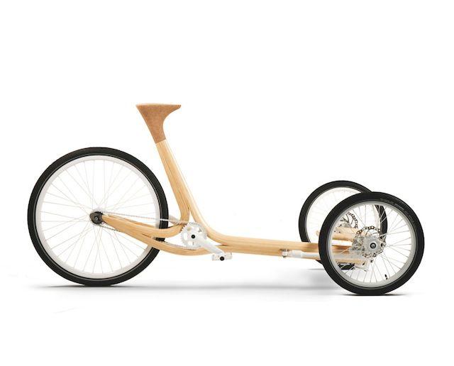 Una delle ultime creazioni dei designer francesi Fritsch + Durisotti é questo concept di veicolo a tre ruote realizzato in legno di bambou laminato, destinato a piccoli spostamenti e che può trasportare fino a due bambini piccoli e materiali anche ingombranti....