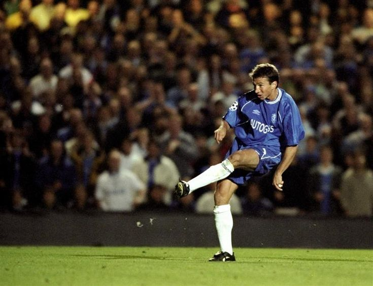 28 September 1999: DAN PETRESCU scores Chelsea's winner during the Chelsea vs Galatasaray UEFA Champions League Group H match at Stamford Bridge. The game finished in a 1-0 win to CHELSEA...